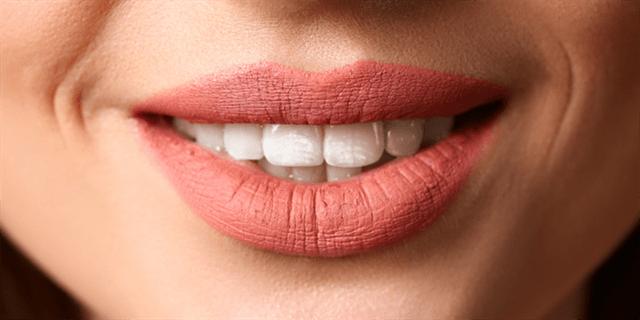 ما هي التعليمات الضرورية التي ينبغي اتباعها قبل إجراء ابتسامة هوليود؟